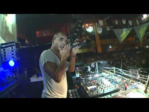 Erick Morillo & Shawnee Taylor in Italy, Rome to Naples 2011 [Official]