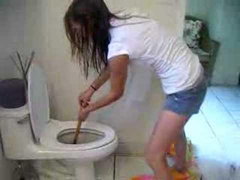 Brianna clogs my toilet - YouTube