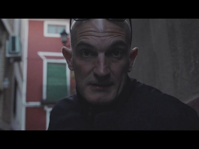 El actor LUIS ARRASA en personaje de barrio. UNIC talents