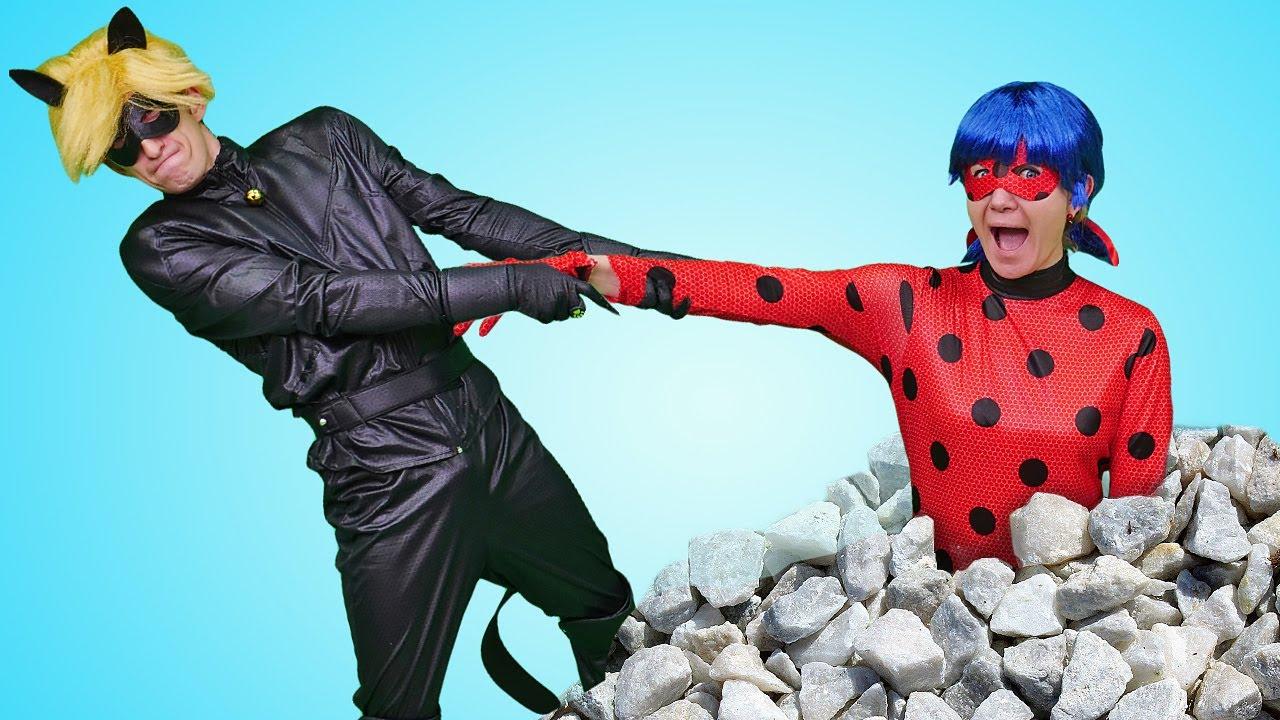 Леди Баг и Супер Кот спасают Барби и Кена в горах. Видео для девочек про героев мультфильма Леди Баг