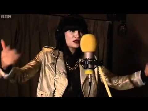 Jessie J - Nobody's Perfect & Price Tag (BBC Radio 1Xtra)