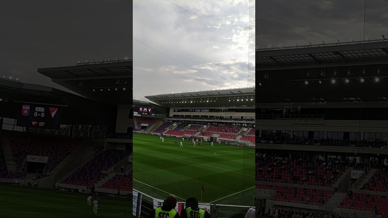 MOL Fehérvár FC-DVSC 1-0 Loki-ultrák szurkolnak 2 - YouTube