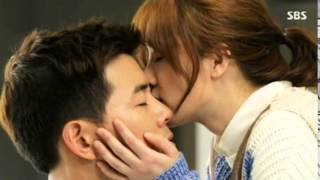 Video Angel Eyes - Lee Sang Yoon & Goo Hye Sun's Kiss download MP3, 3GP, MP4, WEBM, AVI, FLV Februari 2018