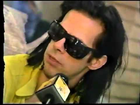 Billy Corgan interviews Nick Cave (Lollapalooza-1994)
