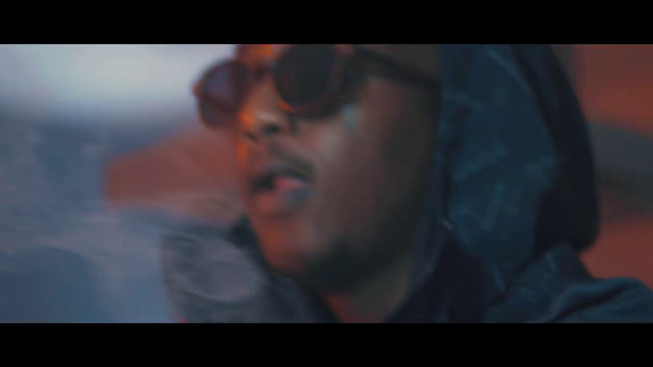 Download Emtee - Wave (Official Music Video)