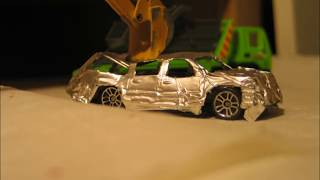 Stop motion: Car crusher/Car Demolished/ Crush (test)