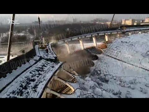 В Петербурге при демонтаже рухнули стены и крыша СКК. Погиб рабочий