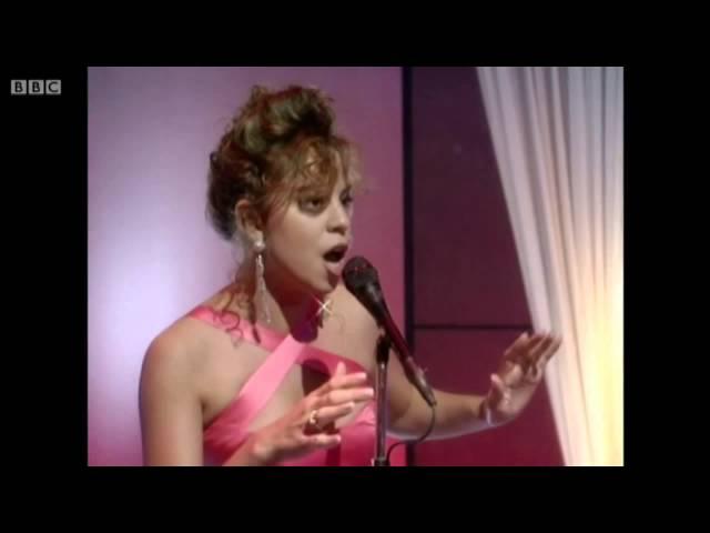 Mariah Carey - Emotions (Live @ Wogan, 1991) HD