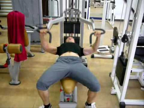 Pectoraux d velopp couch la machine youtube - Developper coucher guider ...