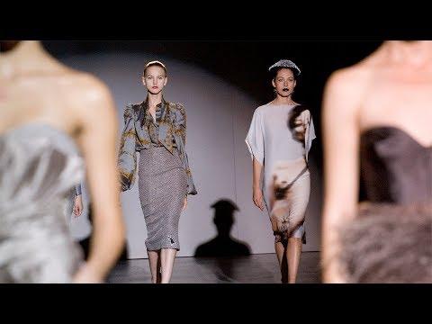 Fashion in Motion / Giles Deacon