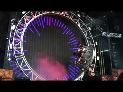 Mötley Crüe - Tommy Lee Drum solo in a roller coaster (Live in Helsinki, 7-VI-2012)