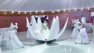 Шоу балет Ва-Банк г. Усть-Каменогорск. Вывод невесты в цветке для казахских и русских свадеб!!!