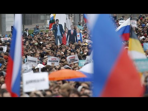 مظاهرات في موسكو عقب إقصاء معارضين من الانتخابات والكرملين يقلل من أهميتها…  - نشر قبل 13 ساعة