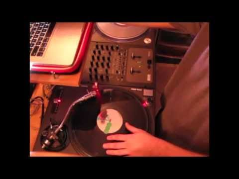 Rubbing Records with DJ Rob Riggs - Episode 5 - Military Scratch