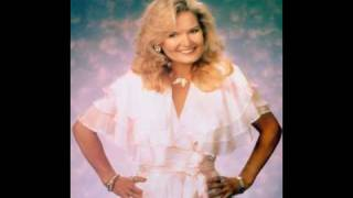 Watch Lynn Anderson Snowbird video