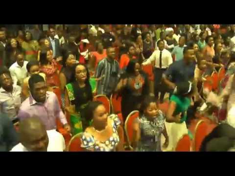 DAYS OF ELIJAH-Akpororo Leading Praise Worship