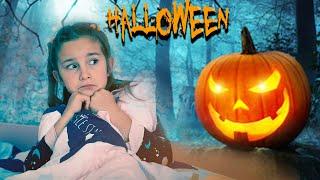 Сонная Мелисса и истории на Хэллоуин