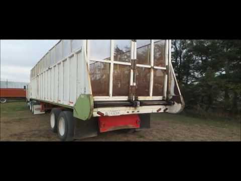 2006 Yellow X Trailers live bottom trailer for sale | no-reserve Internet auction December 15, 2016