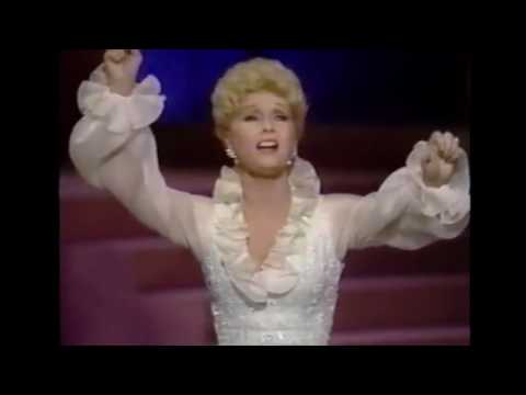 In Memory of Debbie Reynolds -
