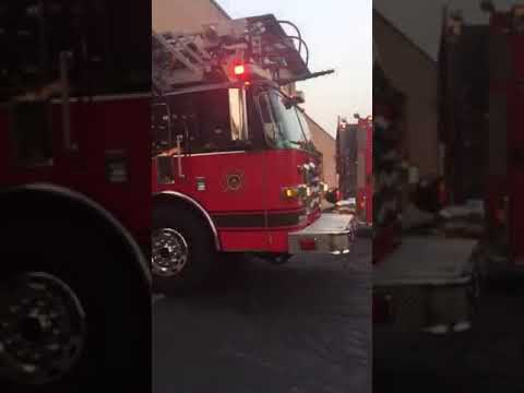 Crestwood Fire Department: Engine 2313, Truck 2314 and Battalion Chief 2311 Responding