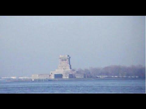 Breaking News : Statue of Liberty Stolen!!!