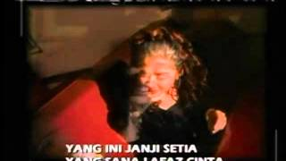 "Video ""Mana Satu"" - JULIANA BANOS (MTV KARAOKE) download MP3, 3GP, MP4, WEBM, AVI, FLV Maret 2018"