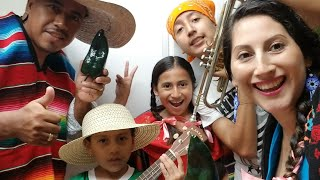 PREPARANDO CHILES EN NOGADA / FELIZ INDEPENDENCIA DE MÉXICO