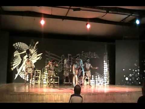 GOLDEN AFRICAN  ACROBATS FROM KENYA