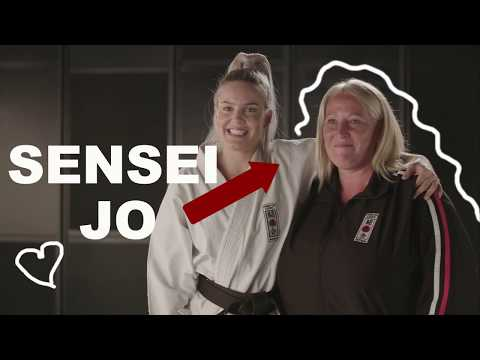 Karate with Anne-Marie [Episode 1]