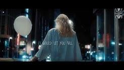 Alan Walker- Diamond Heart .Sia  (lyric video)