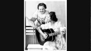 The DeZurik Sisters (Cackle Sisters) - Medley (Radio Show Part 1) -  (1937).