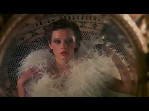 Emmanuelle 1974 (Sylvia Kristel) - YouTube