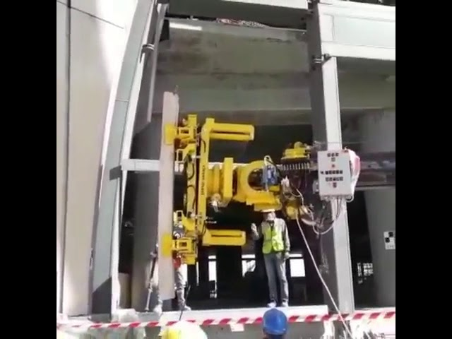 Cladding Manipulator