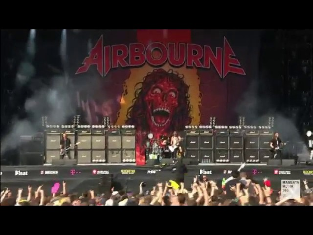 airbourne-rivalry-girls-in-black-live-at-rock-am-ring-2017-ma44de