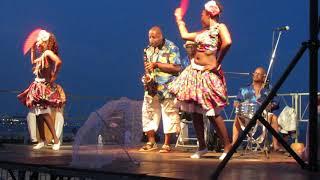 Mwen ti bo par la Cie Tropi'Karaïbe - Promenade en fête à Cagnes sur mer