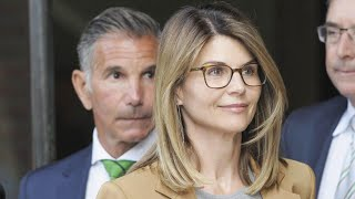 Despite Reports, Lori Loughlin and Mossimo Giannulli Are NOT Getting Divorced