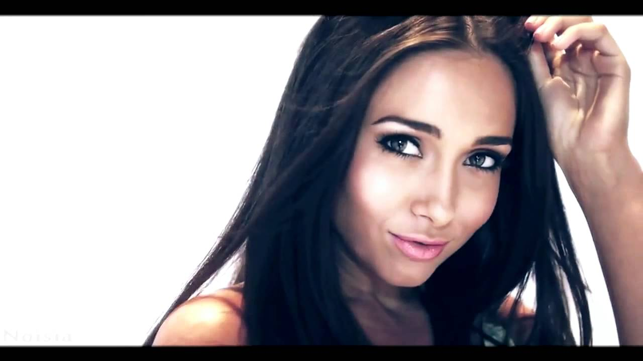 Official Victoria Moore - YouTube