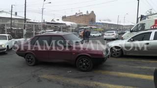 Ավտովթար Երևանում  բախվել են Renault ն և ռուսական համարանիշներով LADA Priora ն  կան վիրավորներ