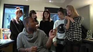 110209 Wonder Girls & CK (2)