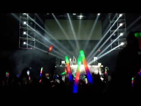 DJ snake Bird Machine live at LED OMFG NYE