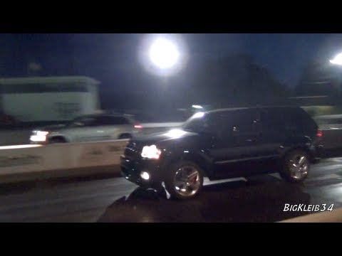 Jeep Srt8 Vs 5 0 Mustang Doovi