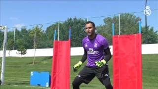 Watch Keylor Navas continue his recovery from up close!