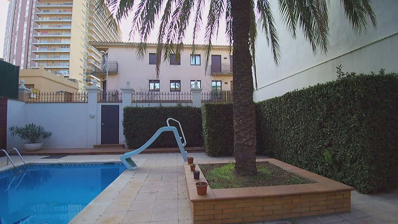 casa santa barbara palamos 02 planta baja garaje patio