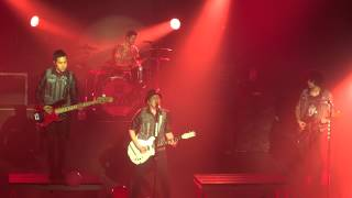 Fall Out Boy A Little Less Sixteen Candles, a Little More Touch Me Live Montreal 2013 HD 1080P