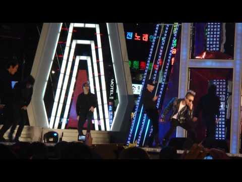 111028 hallyu beach concert-BIGBANG Taeyang solo)