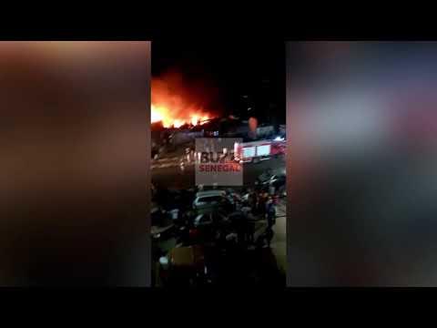 Castor : Un violent incendie ravage un parc sur la route de la Sodida