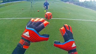 Ultimate adidas Predator Zones Goalkeeper Gloves Test & Review(Test (deutsch/german & english) - Torwarthanschuhe / Goalkeeper Gloves of Manuel Neuer, Petr Cech & Iker Casillas: Adidas Predator Zones Ultimate ..., 2014-11-15T16:00:06.000Z)