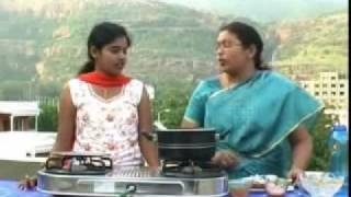 Local Kitchen - Rayalaseema Special Nune Vankay Curry & Polelu