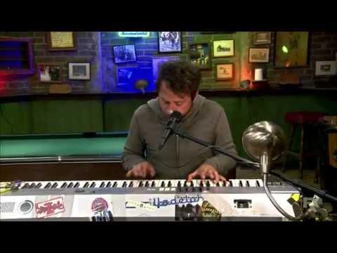 Go Fuck Yourself - Charlie Kelly - Sunny Philadelphia