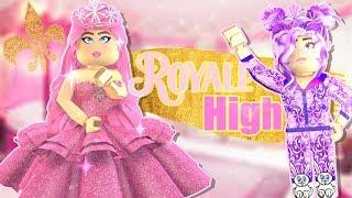 GLAM vs PAJAMAS! Quelle princesse l'école VOTERa-t-ELLE ? Roblox ROYALE HIGH 👑